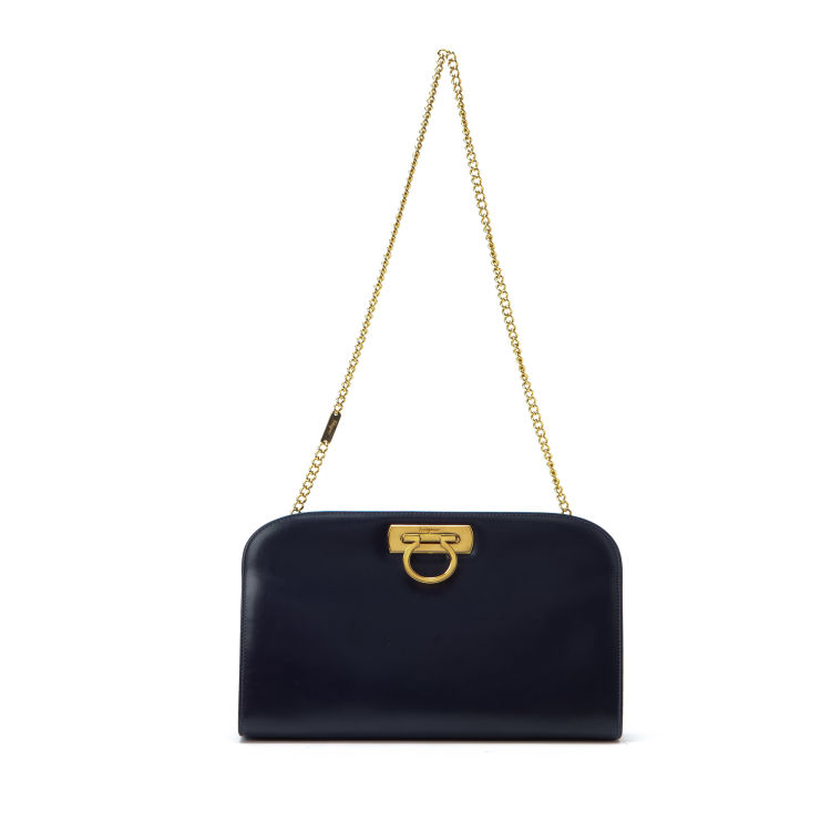 LXRandCo guarantees the authenticity of this vintage Ferragamo Chain  Shoulder Bag messenger   crossbody bag. Stylish pocketbook. Due to the vintage  nature ... a2629a80d5