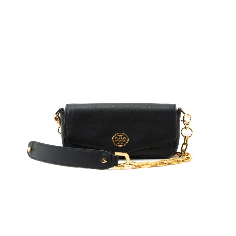 1e5d577629359 LXRandCo guarantees this is an authentic vintage Tory Burch Robinson Mini  Chain Bag messenger   crossbody bag. This beautiful saddle bag comes in  black ...