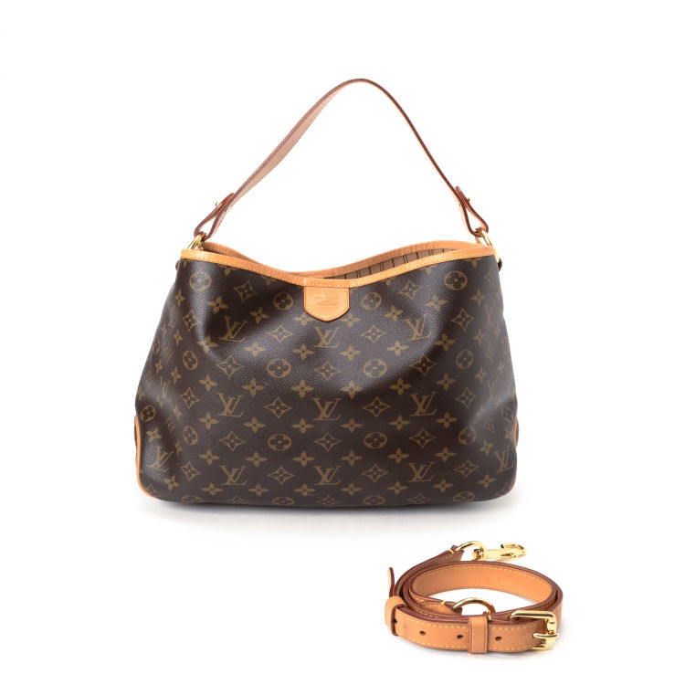 e868fd875c The authenticity of this vintage Louis Vuitton Delightful PM messenger    crossbody bag is guaranteed by LXRandCo. This luxurious hobo bag was  crafted in ...