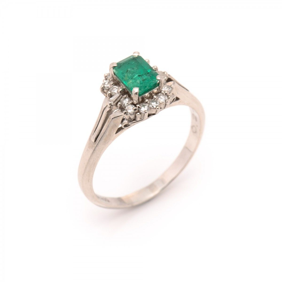 vintage ring product aprox jewelry gold estate emerald solitaire in