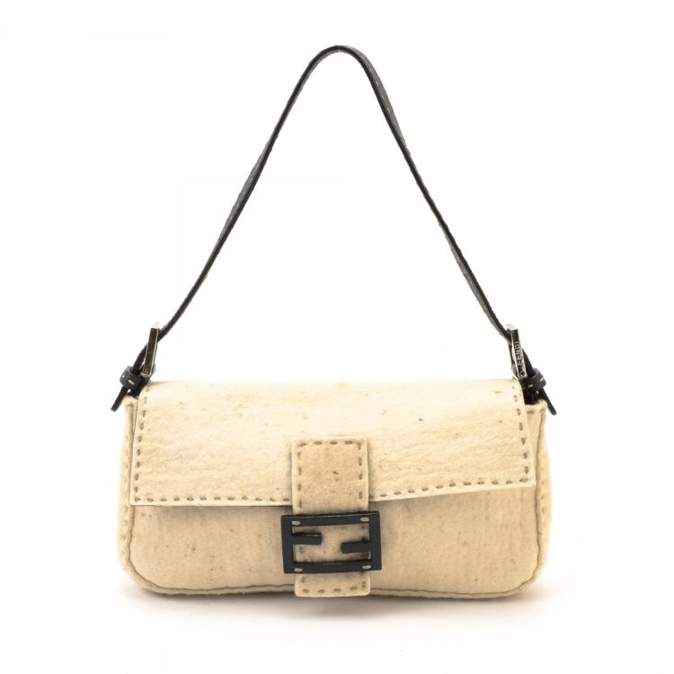 9ab3f03cd4af LXRandCo guarantees this is an authentic vintage Fendi Selleria Baguette  handbag. This practical pocketbook comes in beautiful cream felt.