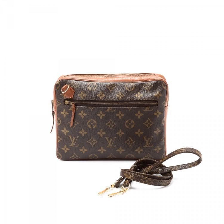 83c03c25be3c LXRandCo guarantees the authenticity of this vintage Louis Vuitton Vintage  Sac Bandouliere messenger   crossbody bag. This signature pocketbook was  crafted ...