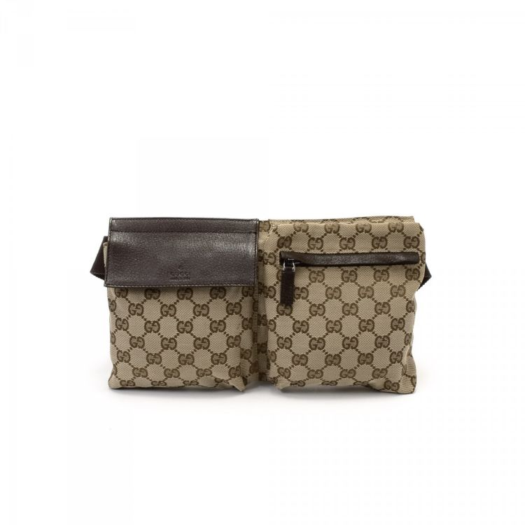 58e64b656e5763 LXRandCo guarantees the authenticity of this vintage Gucci Waist Pouch  other bag. This luxurious bag was crafted in gg canvas in beige.