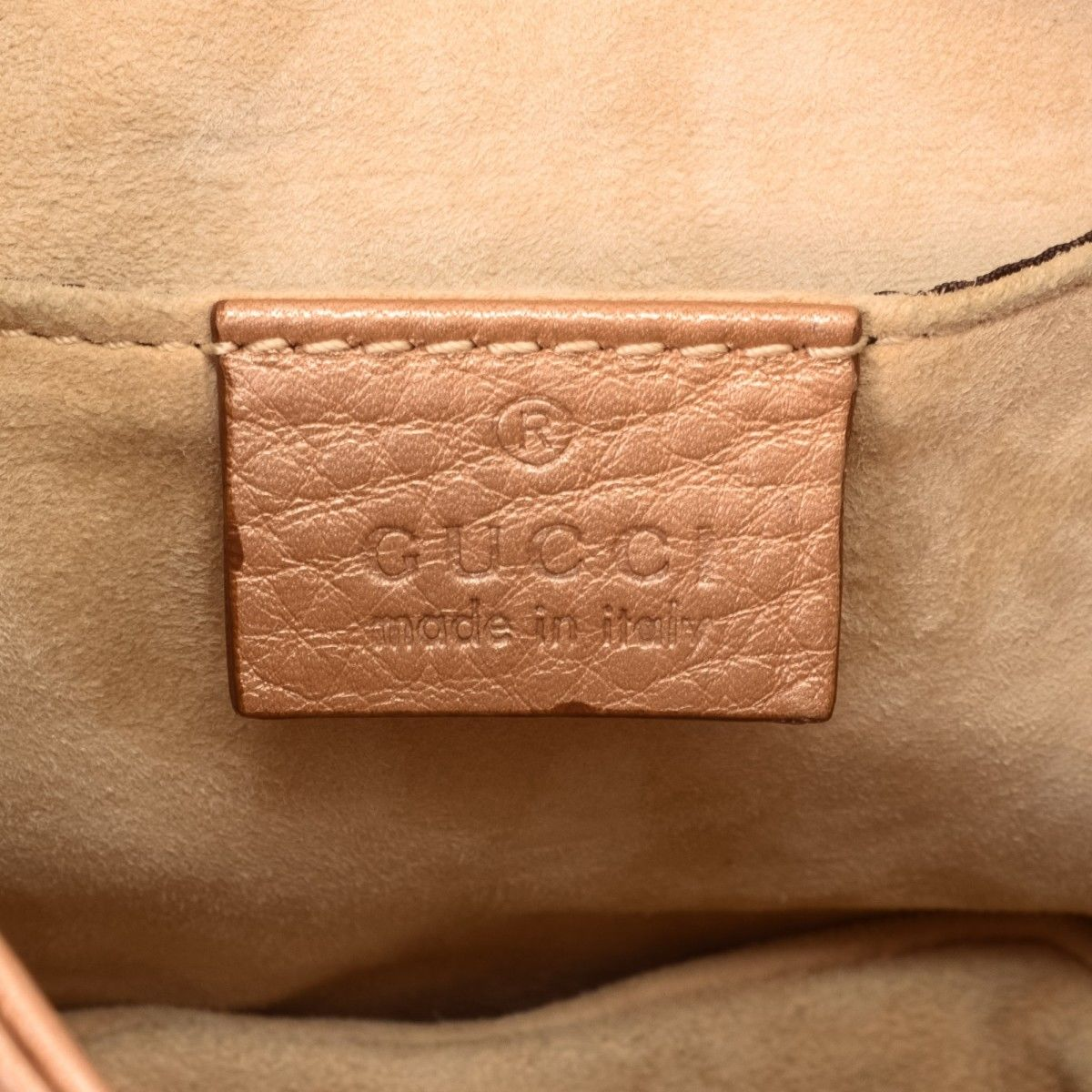 8f120df7ee8 Gucci 1973 Chain Shoulder Bag Leather - LXRandCo - Pre-Owned Luxury ...
