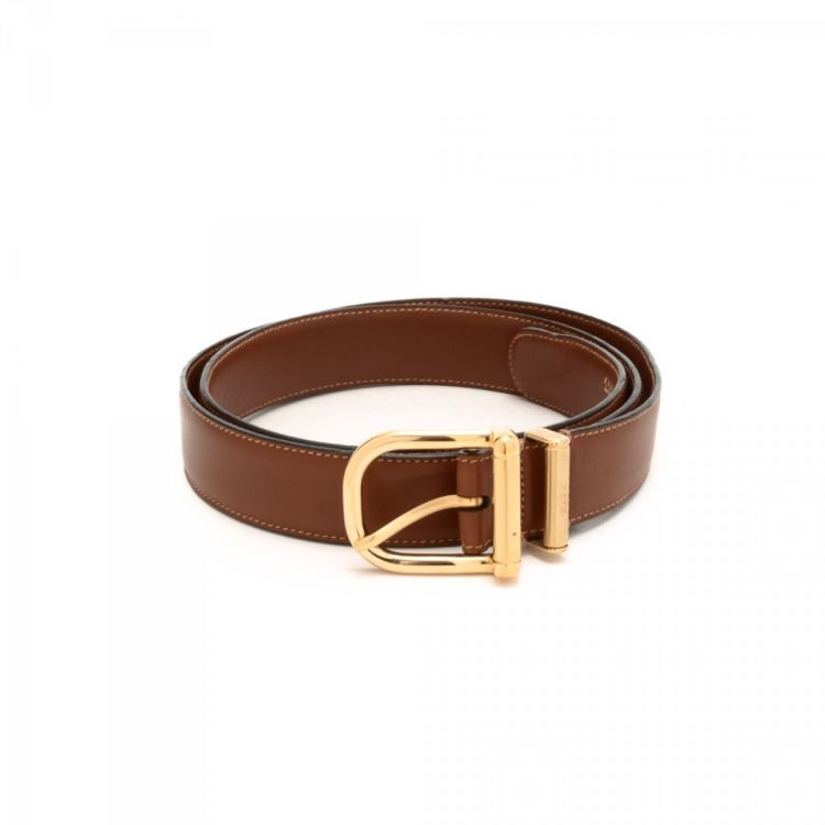 48308f7ee8f LXRandCo guarantees the authenticity of this vintage Gucci belt. This  elegant belt was crafted in leather in beautiful brown. Due to the vintage  nature of ...
