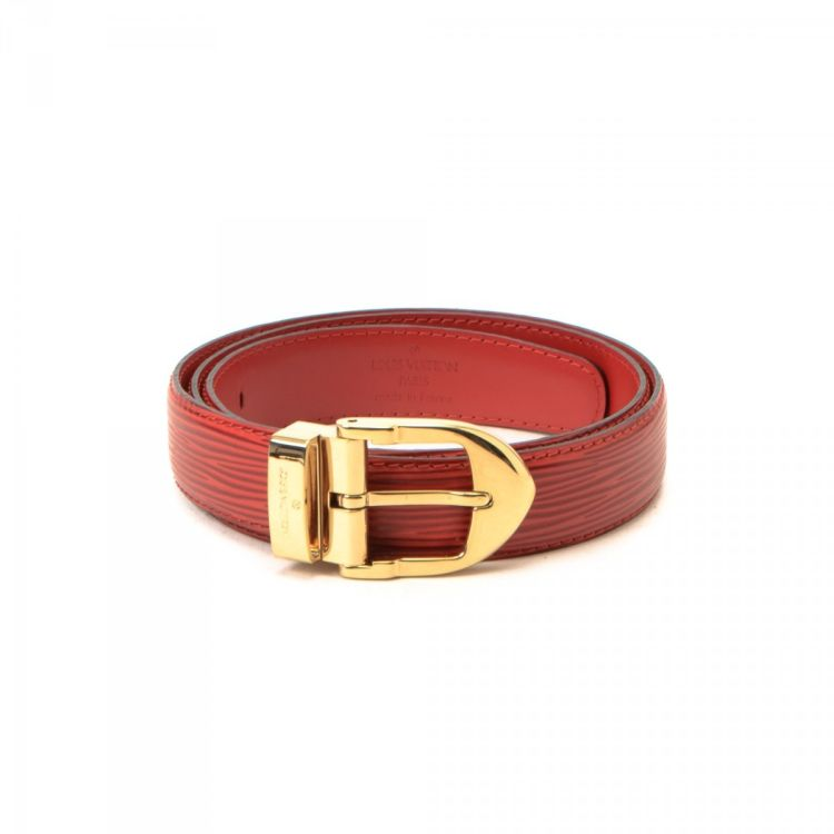 LXRandCo guarantees the authenticity of this vintage Louis Vuitton Ceinture  Classique belt. Crafted in epi leather, this classic belt comes in red. bfd407d3898
