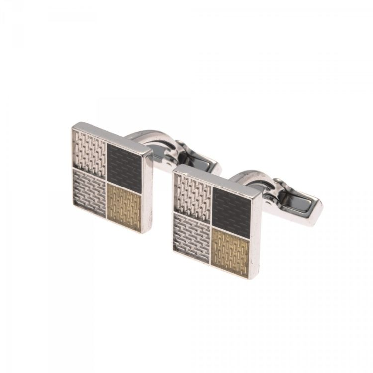 76a252e0a667 LXRandCo guarantees this is an authentic vintage Louis Vuitton Damier s and  Case cufflink. This practical cufflink comes in beautiful silver 925 silver.