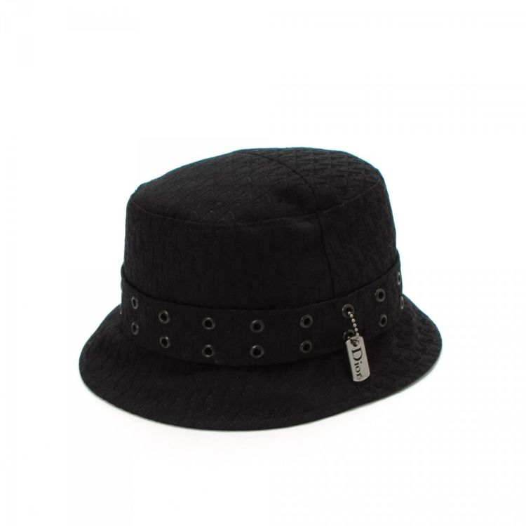 5b482786dc9 LXRandCo guarantees the authenticity of this vintage Dior Street Chic Bucket  hat. Crafted in trotter polyester