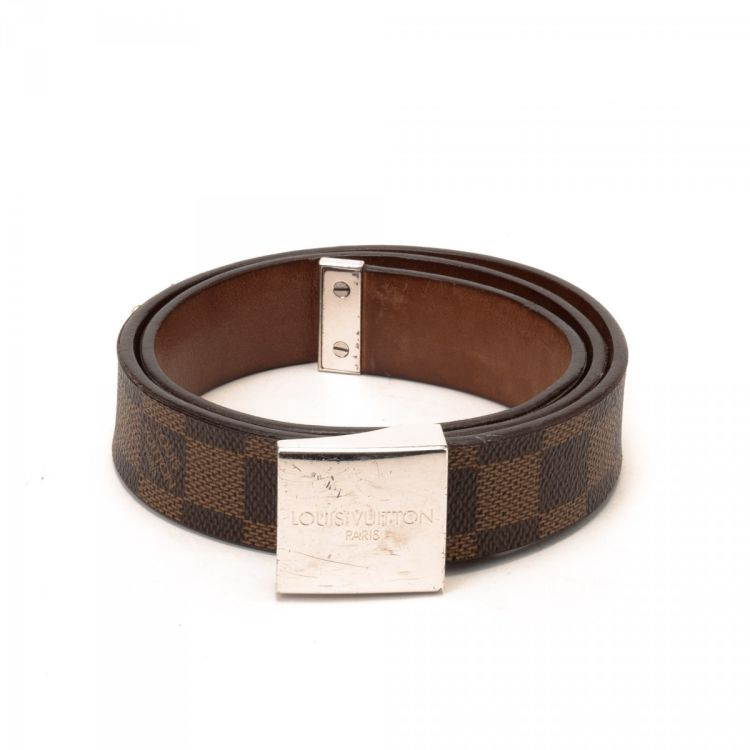 4da996fb1 LXRandCo guarantees the authenticity of this vintage Louis Vuitton belt.  Crafted in damier ebene coated canvas, this elegant belt comes in beautiful  brown.