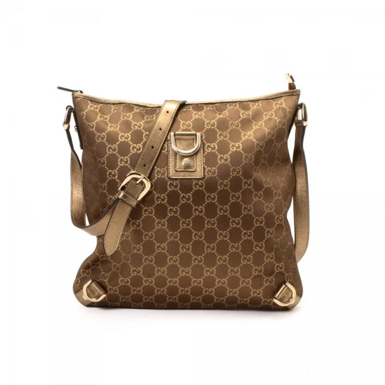 cdab2b6fdba LXRandCo guarantees the authenticity of this vintage Gucci Abbey Crossbody  Bag messenger & crossbody bag. Crafted in gg glam canvas, this lovely  messenger .