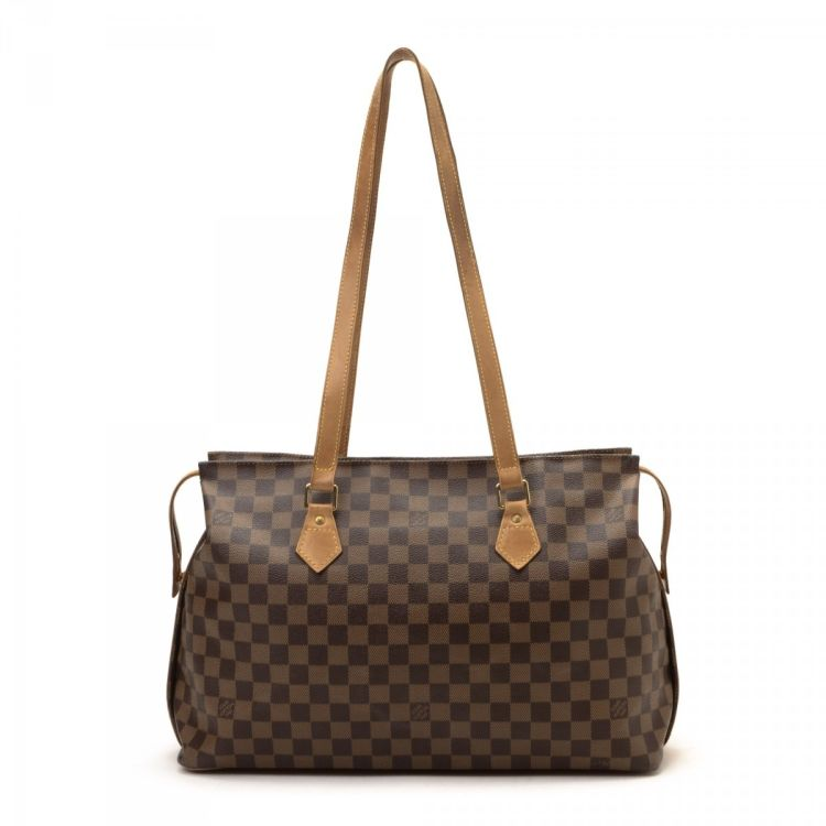 6ec9f1cb66458 The authenticity of this vintage Louis Vuitton Chelsea Edition Centenaire.  Tote is guaranteed by LXRandCo. Crafted in damier ebene coated canvas