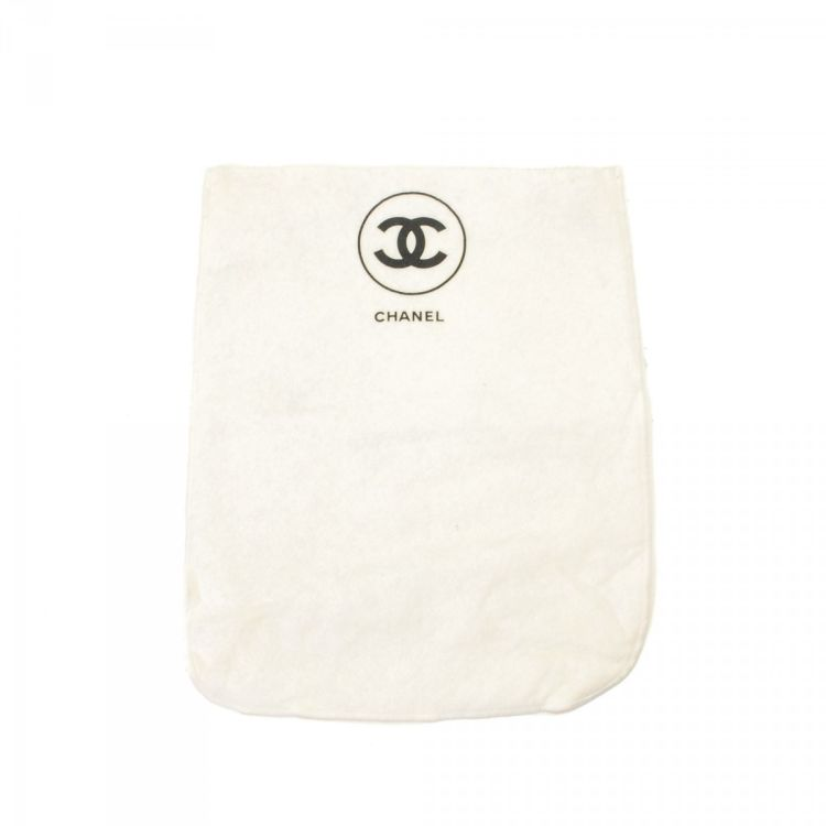 f592593ae07d LXRandCo guarantees this is an authentic vintage Chanel Dust Bag for  Classic Double Flap 25 other accessory. Iconic accessory. Due to the vintage  nature of ...