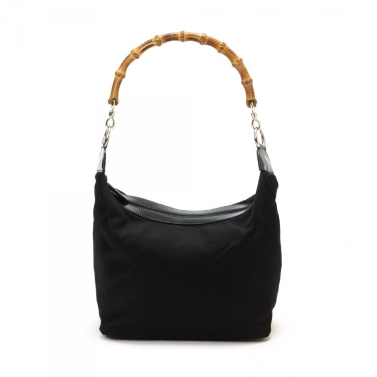 193c19f21d5 ... of this vintage Gucci Bamboo Hobo Bag shoulder bag is guaranteed by  LXRandCo. Crafted in nylon