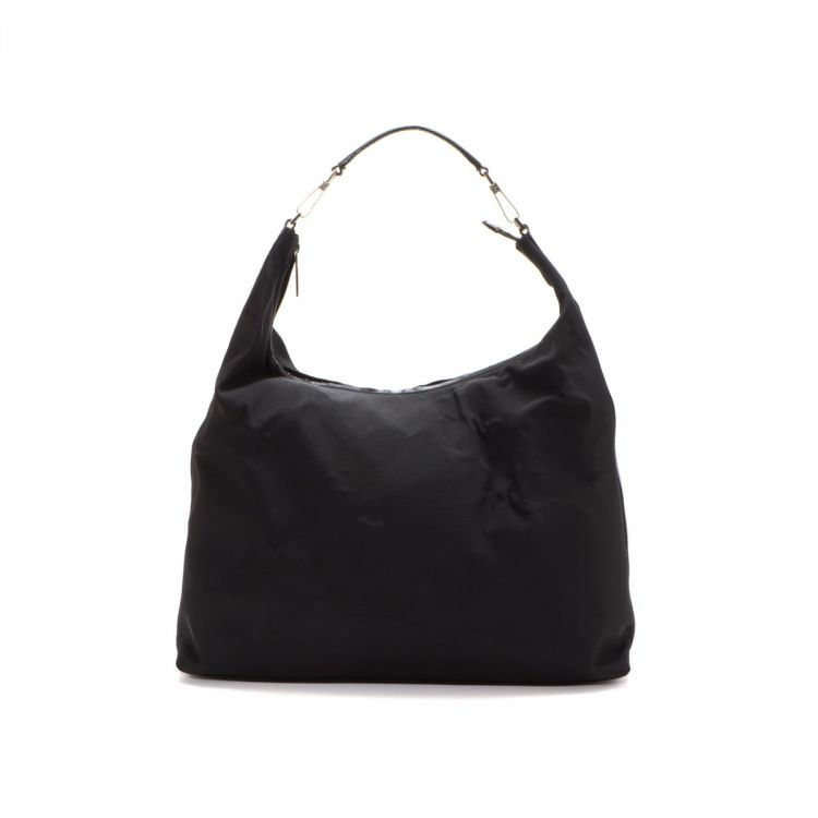 b82f3284b52 The authenticity of this vintage Gucci Hobo Bag shoulder bag is guaranteed  by LXRandCo. This classic shoulder bag in black is made of polyester.