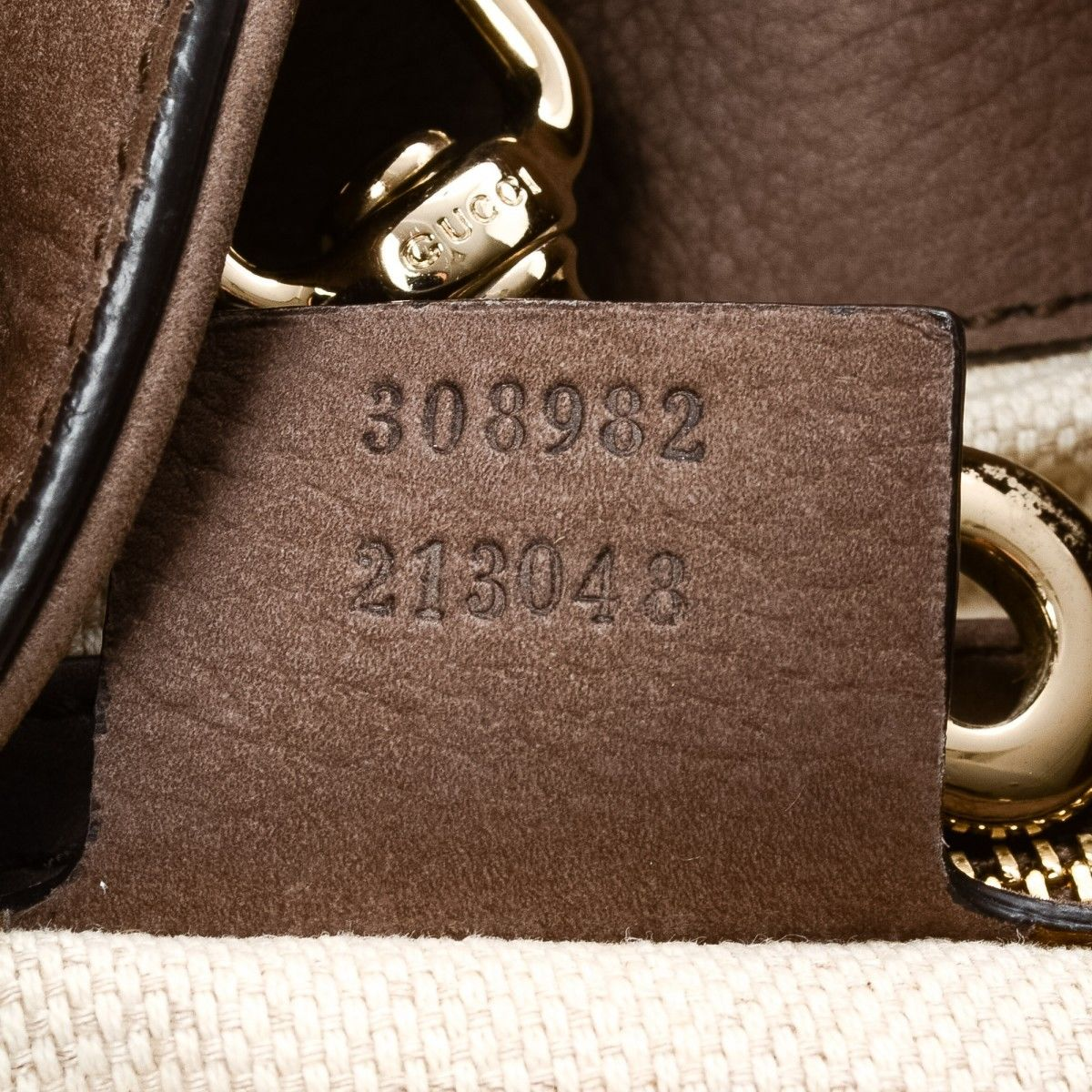 80ac6b6998c Gucci Soho Tote Bag. The authenticity of this vintage Gucci Soho shoulder  bag is guaranteed by LXRandCo. This chic purse comes in luxurious leather.
