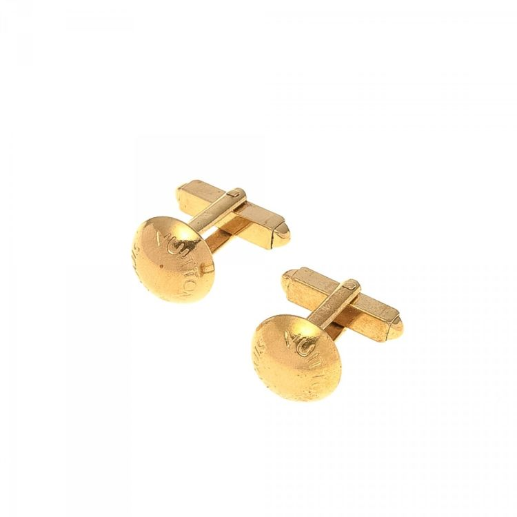 555ba2a2b5e1 LXRandCo guarantees the authenticity of this vintage Louis Vuitton s  cufflink. This refined cufflink was crafted in 18k gold plated on brass in  beautiful ...