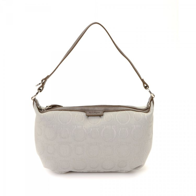 61891d5cc80 LXRandCo guarantees this is an authentic vintage Ferragamo Pouch shoulder  bag. This practical shoulder bag in grey is made in gancini canvas.