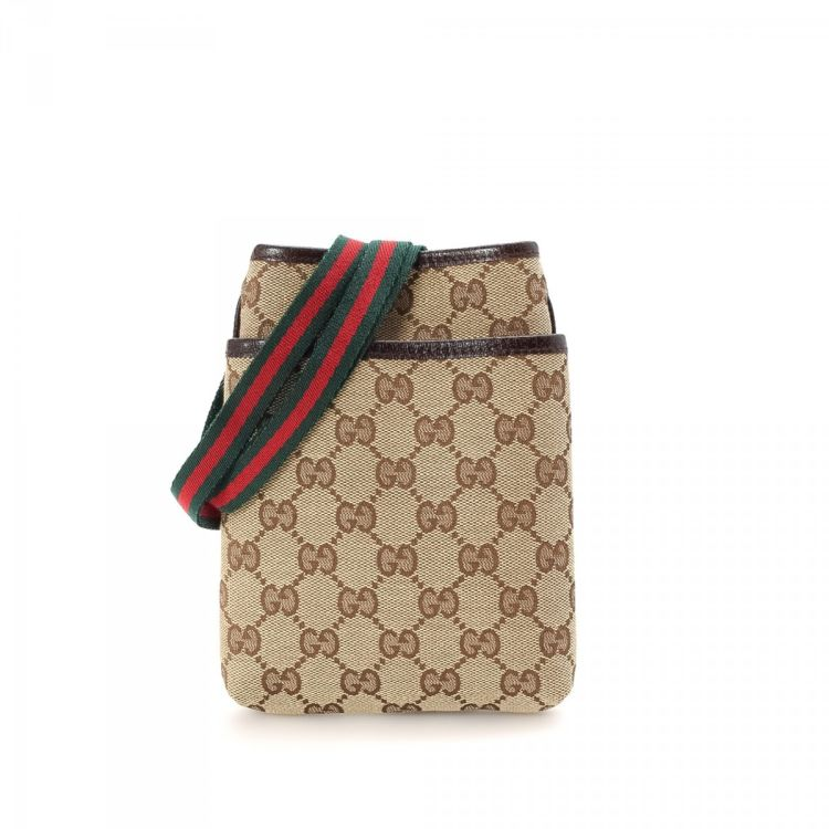 75c4c009290d8f LXRandCo guarantees this is an authentic vintage Gucci Signature Web  Pochette messenger & crossbody bag. Crafted in gg canvas, this chic  crossbody comes in ...