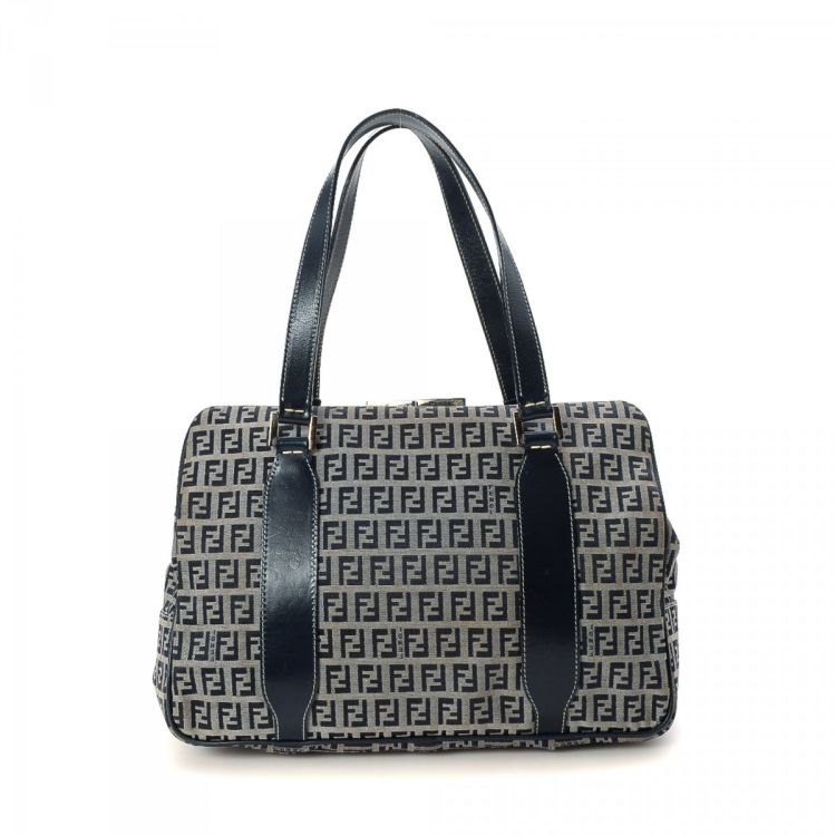 3a8f359f5e8c ... ireland lxrandco guarantees the authenticity of this vintage fendi  frame bag tote. this everyday bag ...