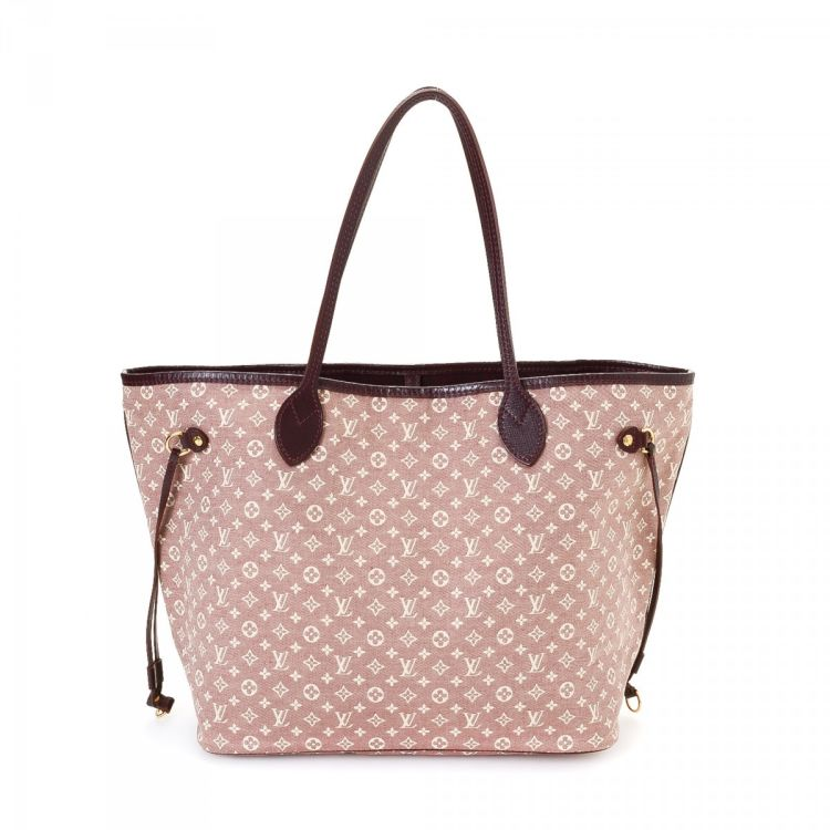 LXRandCo guarantees this is an authentic vintage Louis Vuitton Neverfull MM  tote. This signature bag was crafted in monogram idylle canvas in cherry. bde90ec201bf6