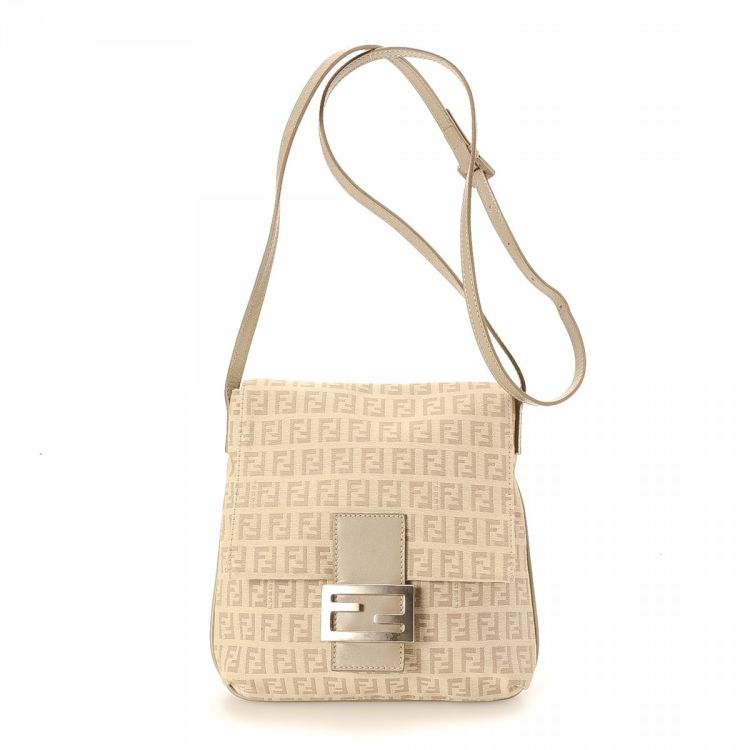 e59e9220d1 The authenticity of this vintage Fendi Zucchino Beige Shoulderbag messenger    crossbody bag is guaranteed by LXRandCo. This iconic messenger   crossbody  bag ...