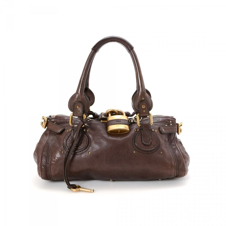 7e3dab2fe76f The authenticity of this vintage Chloé Paddington Handbag shoulder bag is  guaranteed by LXRandCo. This sophisticated bag was crafted in leather in  brown.