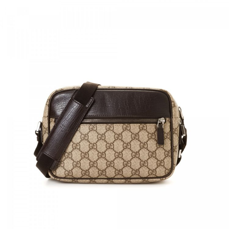 8b86aa99ed892 LXRandCo guarantees this is an authentic vintage Gucci Crossbody Bag  messenger   crossbody bag. This elegant crossbody was crafted in gg supreme  coated ...