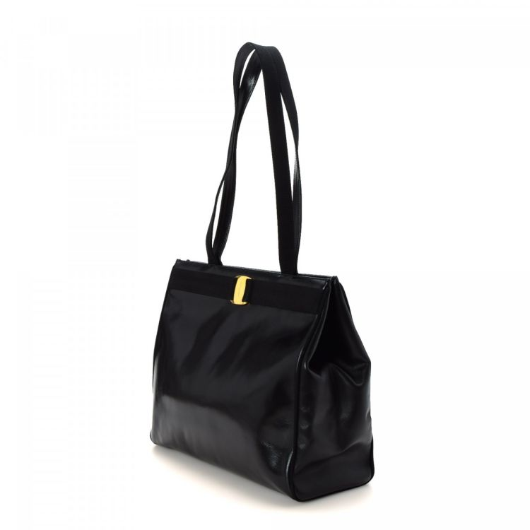 LXRandCo guarantees this is an authentic vintage Ferragamo tote. Crafted in  box calf 77761a19499f6