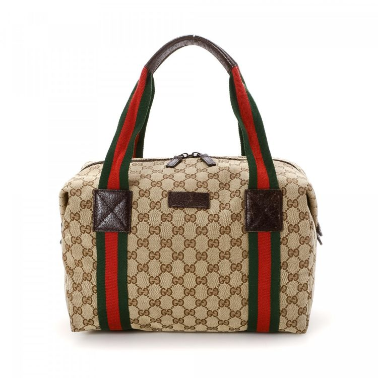 330f7f055b7 The authenticity of this vintage Gucci Vintage Web Boston Bag travel bag is  guaranteed by LXRandCo. This beautiful boston bag in beige is made in gg  canvas.