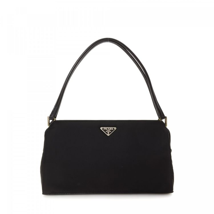 83e9223d75 The authenticity of this vintage Prada shoulder bag is guaranteed by  LXRandCo. This exquisite bag was crafted in tessuto nylon in black.