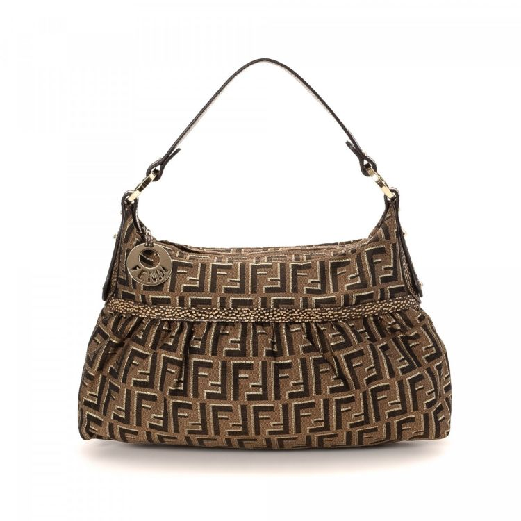 62f40d81c24 The authenticity of this vintage Fendi Chef Bag shoulder bag is guaranteed  by LXRandCo. This sophisticated bag in brown is made in zucca canvas.