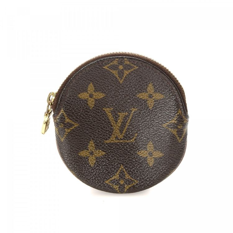 2f2b10557d39 ... this vintage Louis Vuitton Round Coin Purse wallet is guaranteed by  LXRandCo. This luxurious compact wallet in brown is made in monogram coated  canvas.