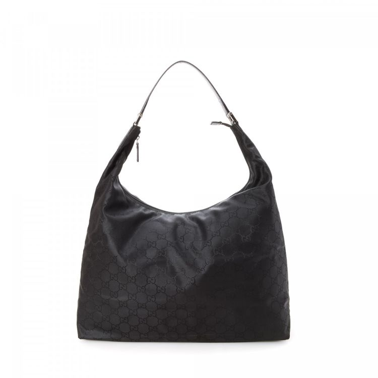 a379c9642a87 LXRandCo guarantees the authenticity of this vintage Gucci Hobo Bag  shoulder bag. This classic pocketbook in beautiful black is made in gg nylon .