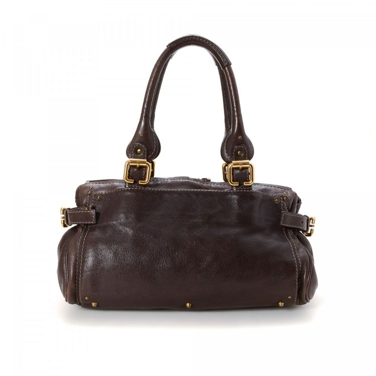 70fa19621796 LXRandCo guarantees this is an authentic vintage Chloé Paddington Capsule  handbag. Crafted in leather