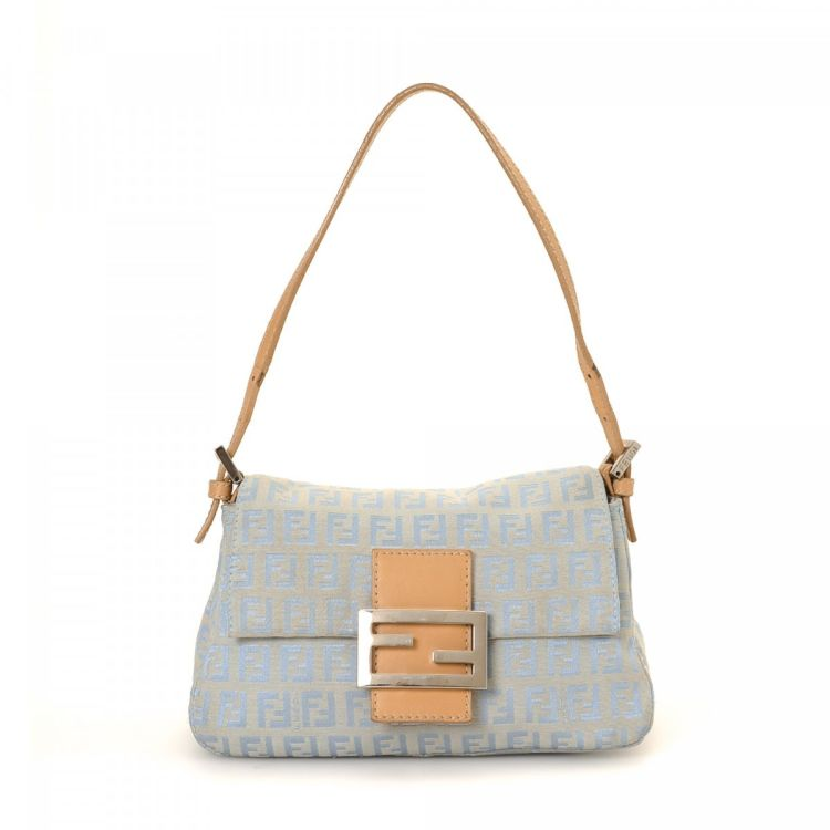 a46d49c642 The authenticity of this vintage Fendi Mini Mamma Baguette shoulder bag is  guaranteed by LXRandCo. This luxurious purse was crafted in zucca canvas in  baby ...