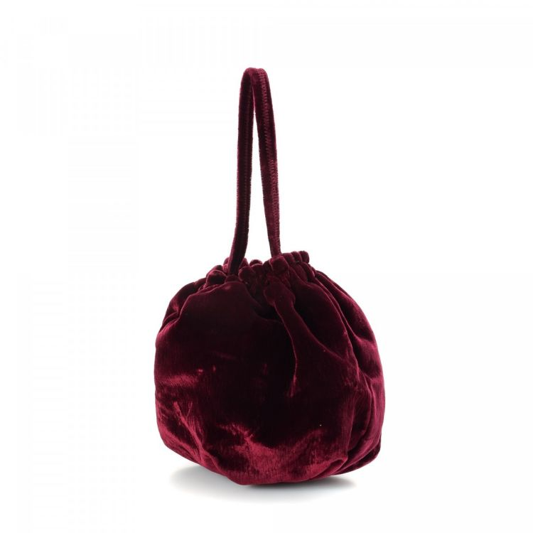 168d2e9de36d The authenticity of this vintage Prada Velluto Evening Pouch vanity case &  pouch is guaranteed by LXRandCo. Crafted in velvet, this refined toiletry  bag ...