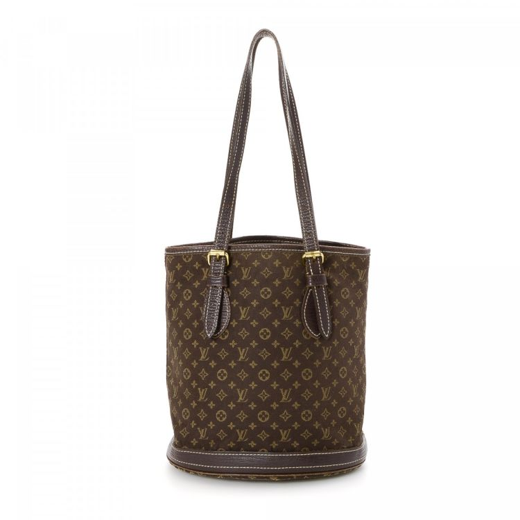 62f3e725fc7 The authenticity of this vintage Louis Vuitton Petit Mini Lin Bucket  shoulder bag is guaranteed by LXRandCo. This refined bag was crafted in  monogram idylle ...