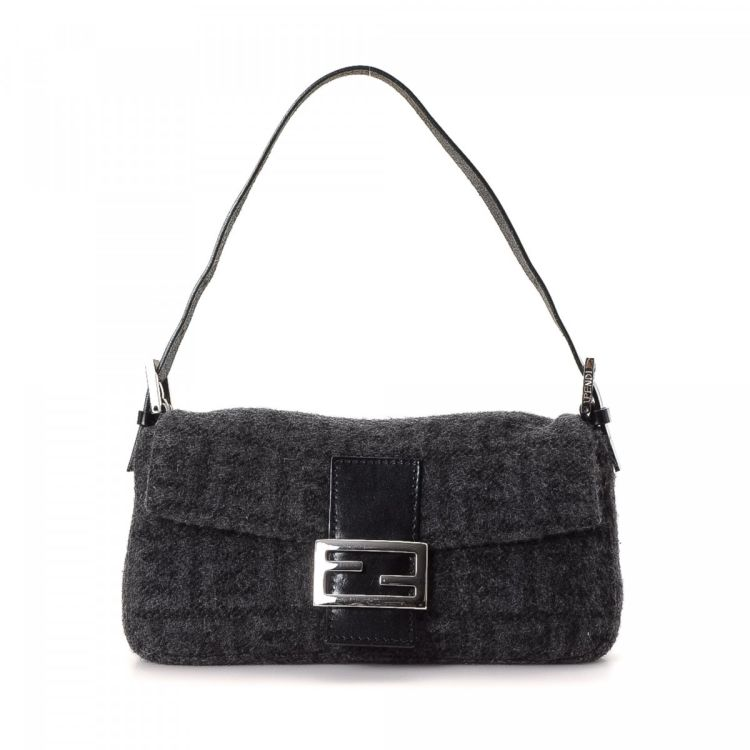 1b57c5d1a2db LXRandCo guarantees this is an authentic vintage Fendi Baguette shoulder bag.  This beautiful purse in grey is made in zucca wool. Due to the vintage  nature ...