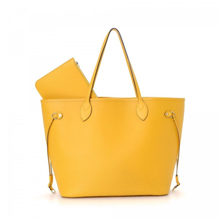 5c1ffdd21 The authenticity of this vintage Louis Vuitton Neverfull MM tote is  guaranteed by LXRandCo. Crafted in epi leather, this classic tote comes in  mimosa.