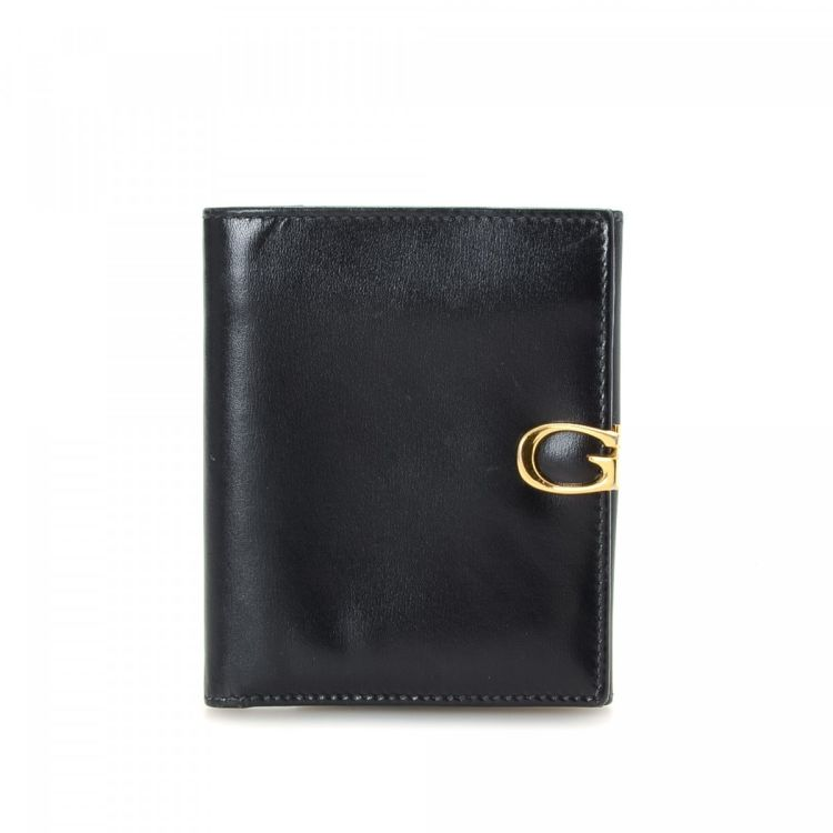 573805b3625 LXRandCo guarantees this is an authentic vintage Gucci G Lock Billfold with  Coin Compartment wallet. This everyday wallet in black is made of leather.