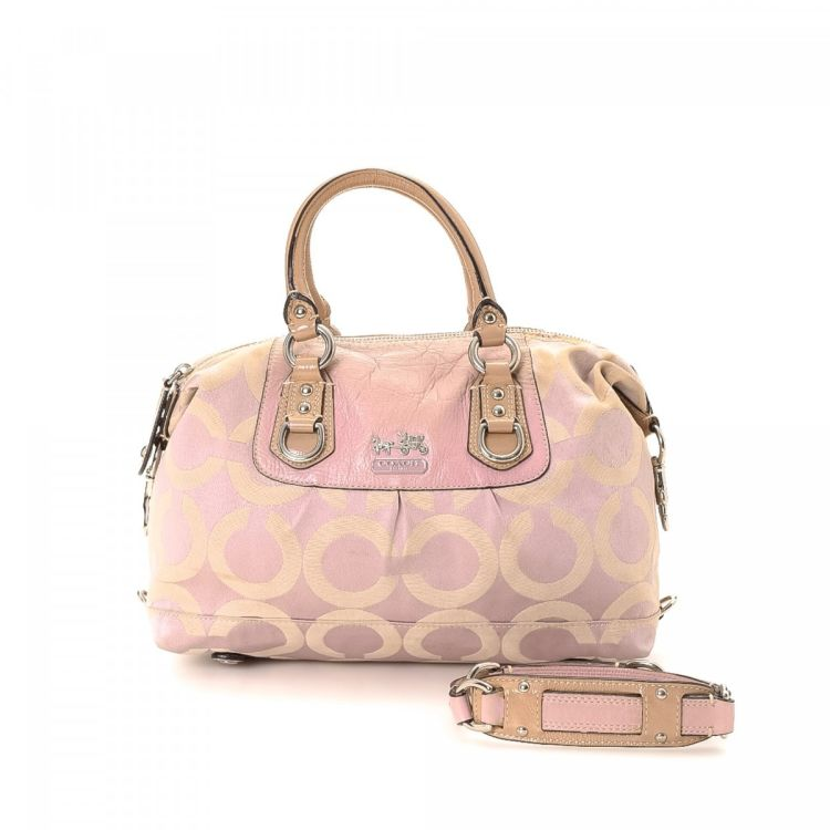 7c12c86813 LXRandCo guarantees this is an authentic vintage Coach Two Way Bag shoulder  bag. This practical pocketbook in light pink is made in jacquard canvas.