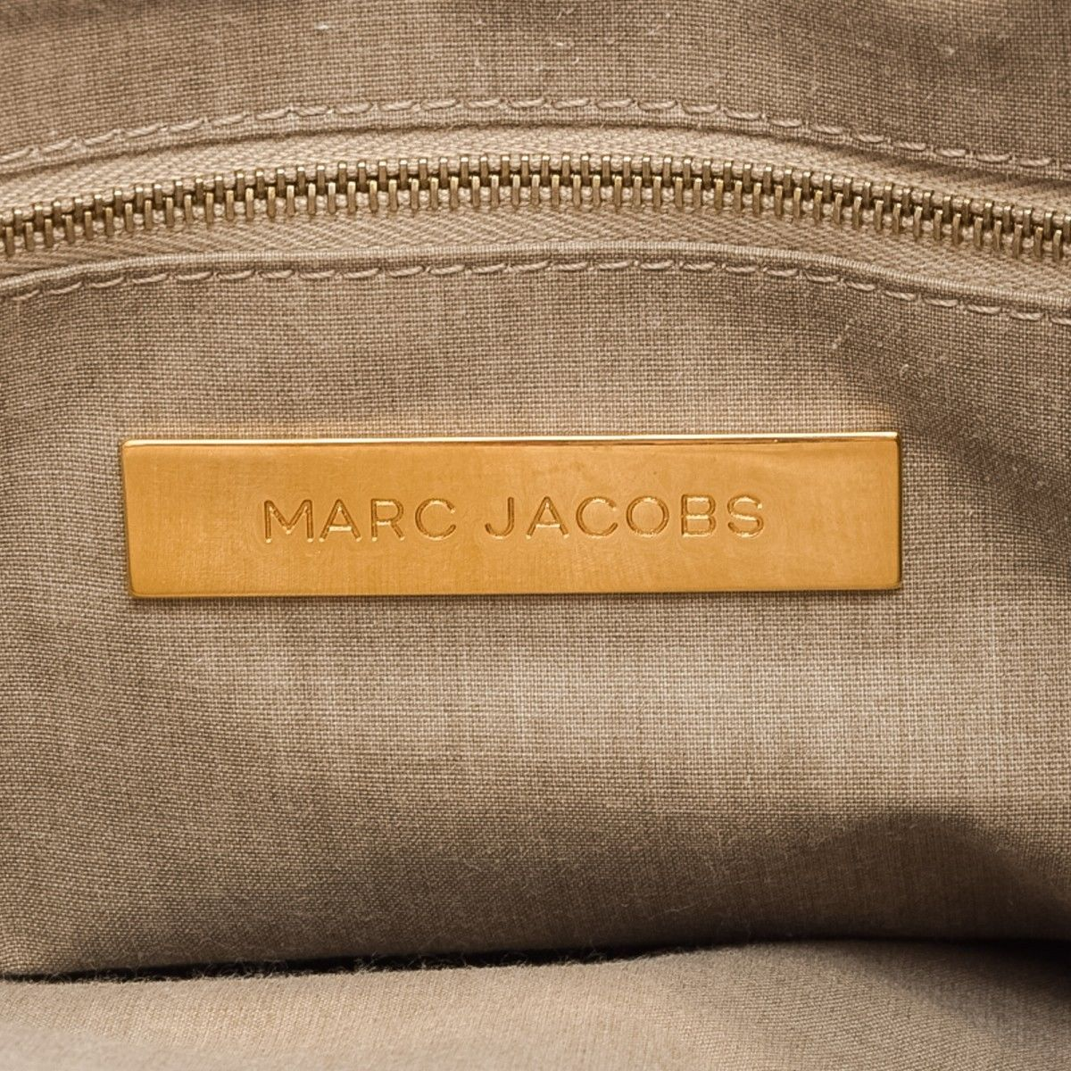 35ee25b74b2 Marc Jacobs Blake Handbag. LXRandCo guarantees the authenticity of this  vintage ...