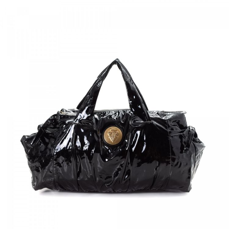 LXRandCo guarantees the authenticity of this vintage Gucci Hysteria tote.  This elegant work bag in beautiful black is made in gucci crest patent  leather. 2d8abbc1a4706