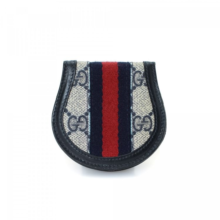 c0095f3237d LXRandCo guarantees the authenticity of this vintage Gucci Coin Purse wallet.  Crafted in gg supreme coated canvas