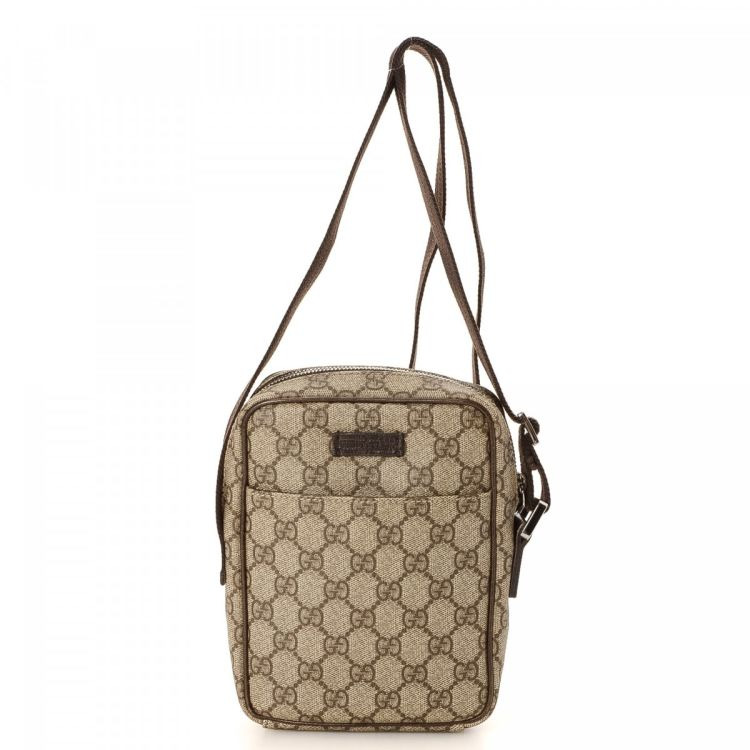 3e4722ffe6c LXRandCo guarantees this is an authentic vintage Gucci Crossbody Bag  messenger   crossbody bag. Crafted in gg supreme coated canvas