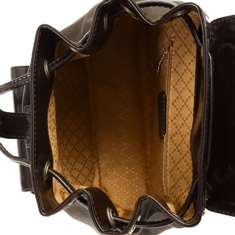 The Authenticity Of This Vintage Gucci Backpack Is Guaranteed By LXRandCo Luxurious Was Crafted In Bamboo Patent Leather Beautiful Dark