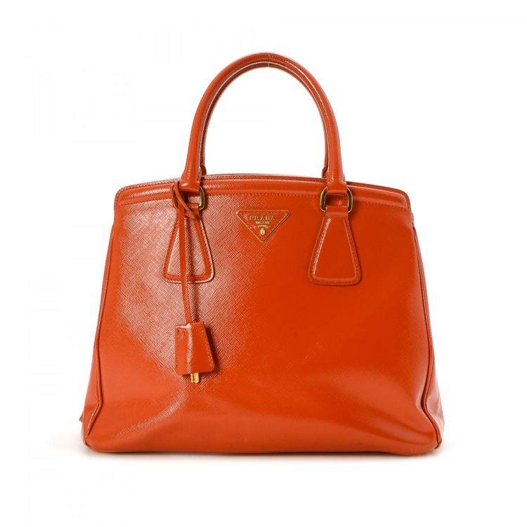 2c7a01e11d91 ... sweden the authenticity of this vintage prada handbag is guaranteed by  lxrandco. this beautiful purse