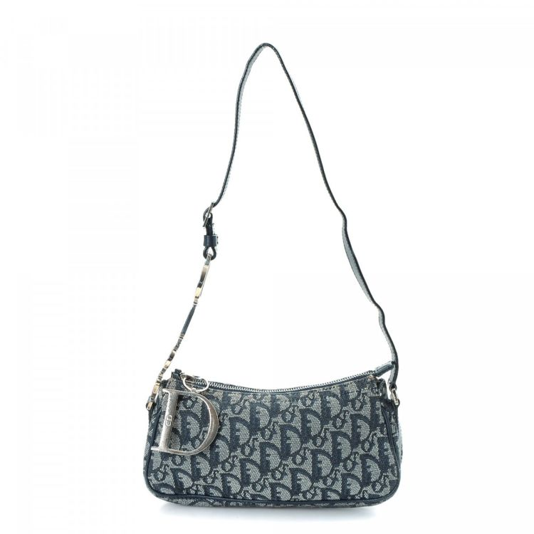 523dffbde693 LXRandCo guarantees this is an authentic vintage Dior shoulder bag. This  lovely bag was crafted in trotter canvas in beautiful navy.
