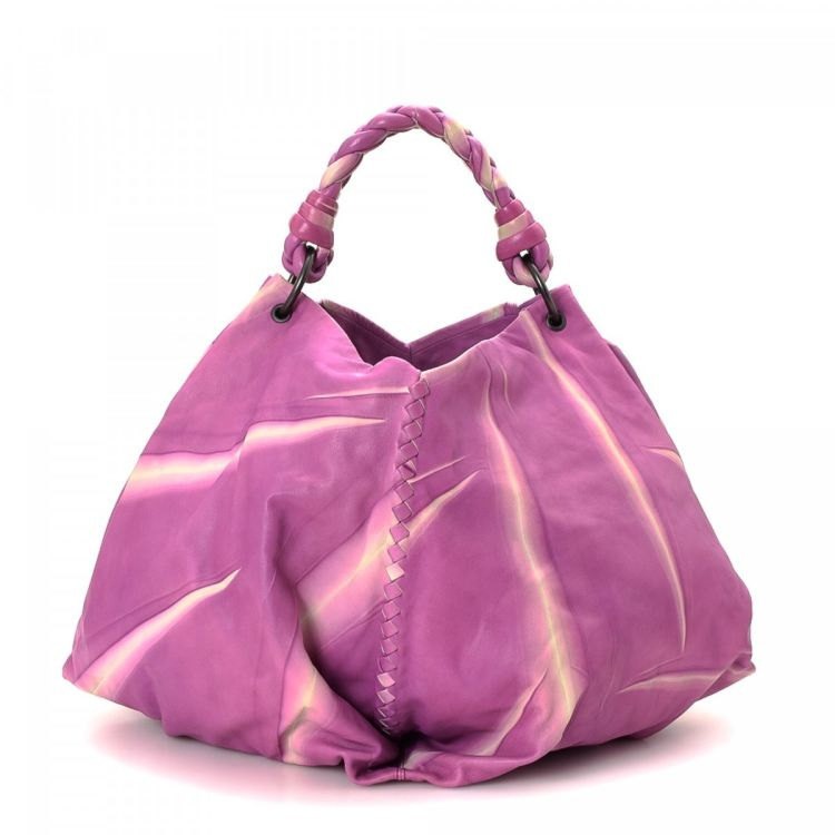 6929177d0d25 LXRandCo guarantees the authenticity of this vintage Bottega Veneta Tie-Dye Hobo  Bag handbag. Crafted in intrecciato leather