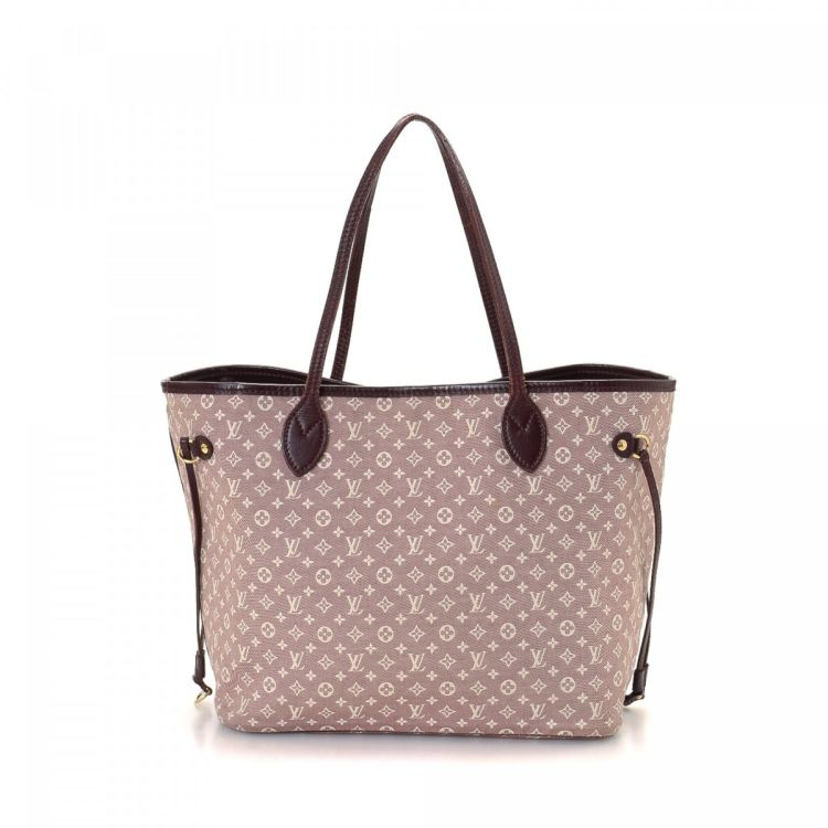 The authenticity of this vintage Louis Vuitton Neverfull MM tote is  guaranteed by LXRandCo. This luxurious large handbag in cherry is made in  monogram mini ... 4ef5ae5316a16